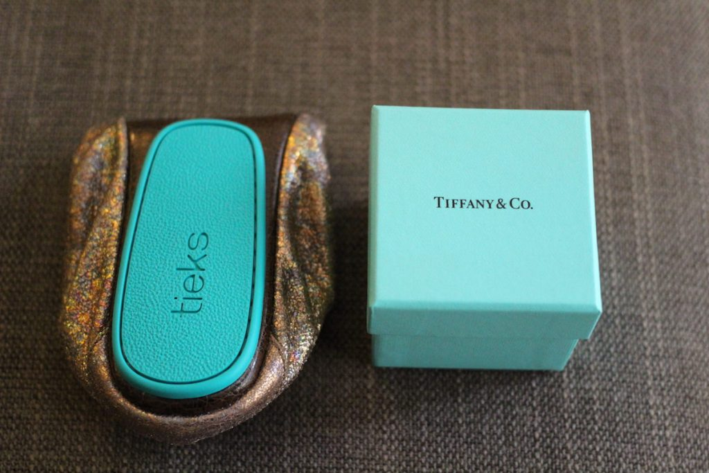Comparing Tiek blue and Tiffany blue